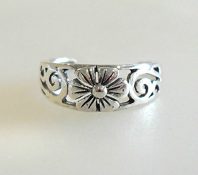 Plain Sterling Silver (925) Adjustable Flower Daisy Toe Ring
