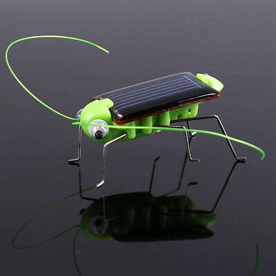Solar Power Toy Energy Crazy Grasshopper Cricket Kit Christmas Gift Toy 4*1.8cm