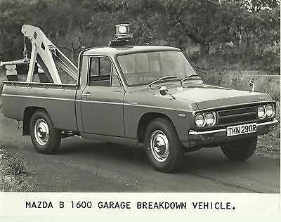 Mazda B 1600 Pick Up Truck Breakdown Vehicle 1977 Press Photograph Front