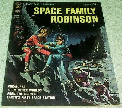 Space Family Robinson 1, VF+ (8.5) Scarce 1962 Gold Key File copy! 40% off Guide