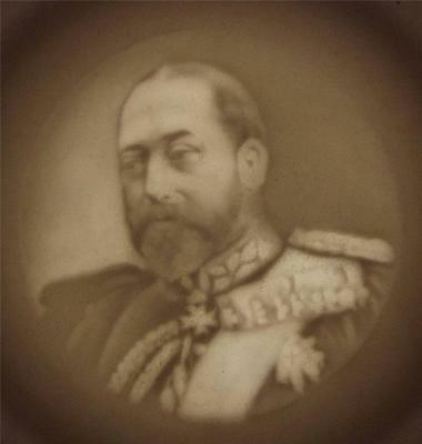 ANTIQUE KING EDWARD VII 1902 CORONATION LITHOPHANE CUP (b)