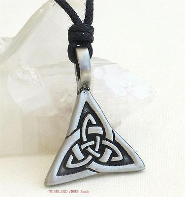 Celtic Triquetra Knot Pendant Necklace pagan wicca Protection Jewellery pewter
