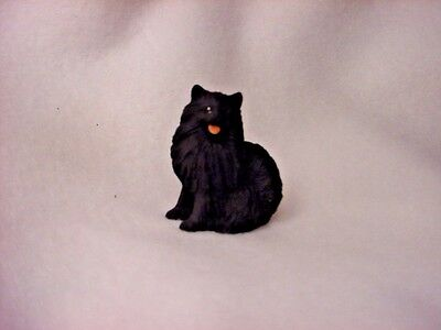 POMERANIAN Black Dog TiNY FIGURINE Painted MINIATURE Resin Mini Statue puppy NEW