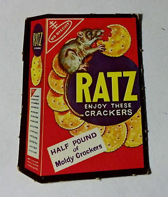 1967 Topps Wacky Packages #32 RATZ CRACKERS RARE!! Punched
