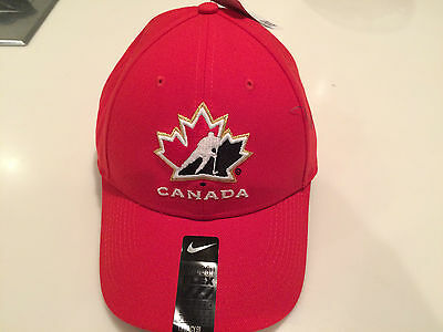 2016 World Juniors Championship Team Canada Flex Fit Cap Hat Red One Size Fits