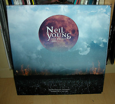 NEIL YOUNG . COW PALACE 1986 . 3 clear Vinyl LP Box