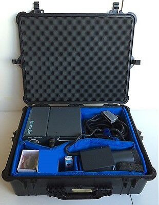 Broncolor Primo A bi-voltage power pack 1600WS flash head tube Pelican 1600 case