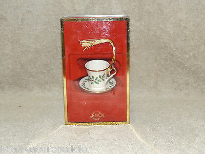 Lenox Holiday Holly Ornament  Cup & Saucer in original box