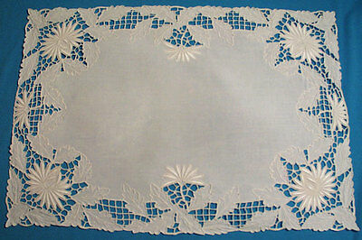 Vintage Linen Madeira Placemats Centerpiece Runner Hand Embr. Set 7 Pieces