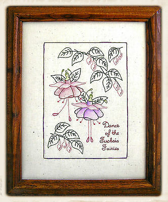 DANCE OF THE FUCHSiA FAiRiES || Stitchery Pattern || UP iN ANNiE'S ROOM!