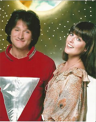 Robin Williams Mork And Mindy Unsigned 8X10 Photo