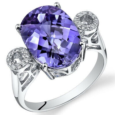 14 Kt White Gold 8 cts Alexandrite and Diamond Ring R61790