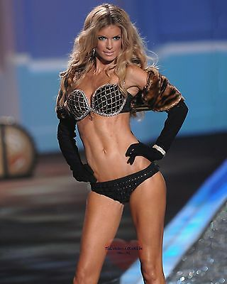 Marisa Miller. 8X10 GLOSSY PHOTO PICTURE IMAGE mm57