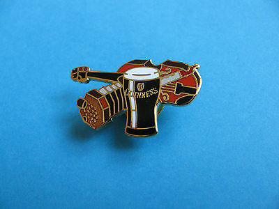 Guinness Pin Badge. VGC. Unused. Musical Instruments. Squeeze Box & Fiddle