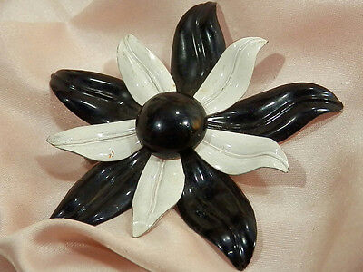 Large Vintage 50's Black And White Enamel Flower Brooch 222J6