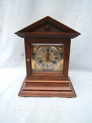 Vintage Mahogany striking mantel clock working beautiful con Junghans Roman   M3