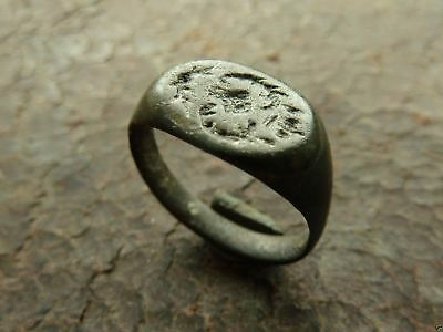 Post-medieval bronze ring (313).