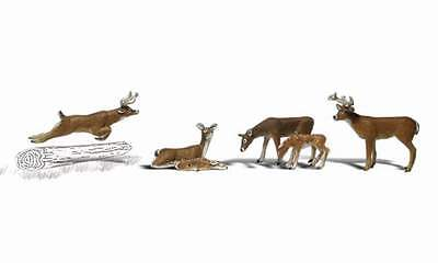 Woodland Scenics White Tail Deer N Scale Figures