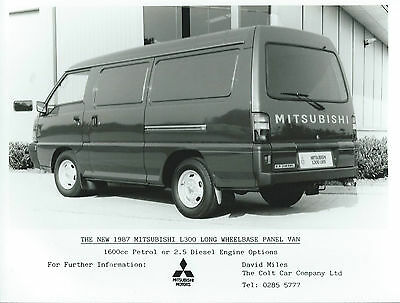 Mitsubishi L300 Panel Van  Long Wheel Base Press Photograph 1987