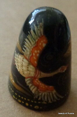 HAND PAINTED WOOD  RUSSIAN THIMBLE  bird #10