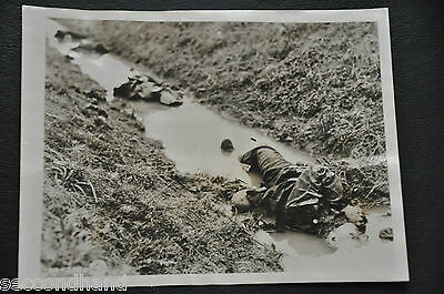 Original Photography By Robert Capa ,  Italy   , War Ii  Military  N.2 Vintage