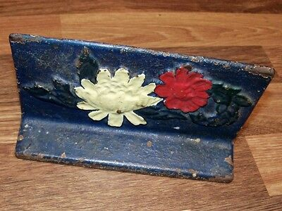 Doorstop Flowers vintage iron old ALBANY FOUNDRY CO #52 crinckle paint book ends