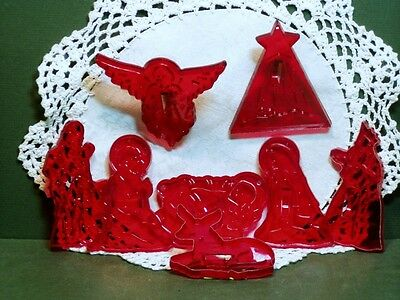 Vintage Design HRM Red Plastic Cookie Cutter Set of 8 Nativity Creche Christmas