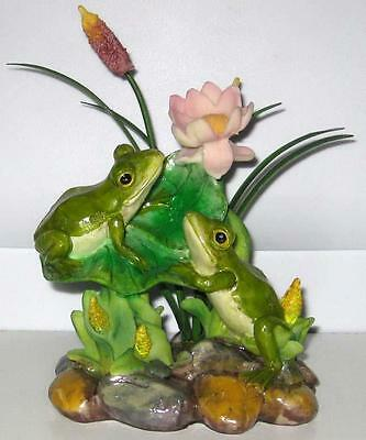 CUTE RESIN GREEN FROG FIGURINE Flower Toad Frogs 61010