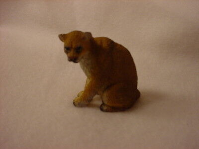 COUGAR cat animal TiNY FIGURINE Resin HAND PAINTED MINIATURE Mini Safari Zoo