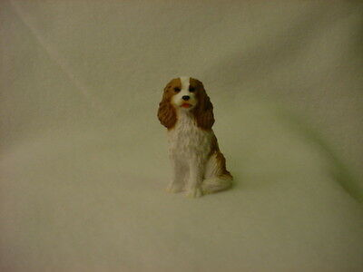 CAVALIER KING CHARLES brown puppy TiNY DOG Figurine MINIATURE Collectible Statue
