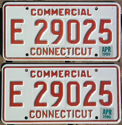 Connecticut 1980 COMMERCIAL TRUCK license plate pair - natural sticker!