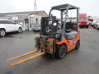 "2004 Toyota Forklift 3150lb Capacity 80"" Lift Height Stk# 50661"