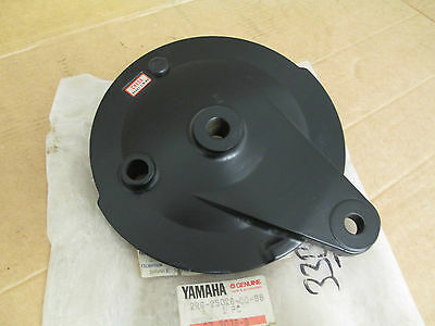 Nos Yamaha Rd125 Rd125Dx  Rear Wheel Brake Plate 2R6-25026-00-98