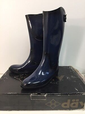 dav Distressed Equestrian Solid Navy Waterproof Rain Boots Cotton Lined Sz11 NEW