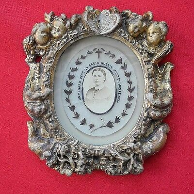 ant. 19.C. mourning hair wreath in beautiful putti decorated frame picture text