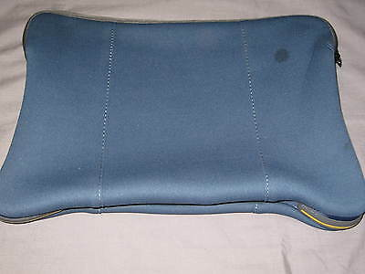 Targus Impax Netbook Sleeve Neoprene Laptop iPad Protect Case Blue NEW!