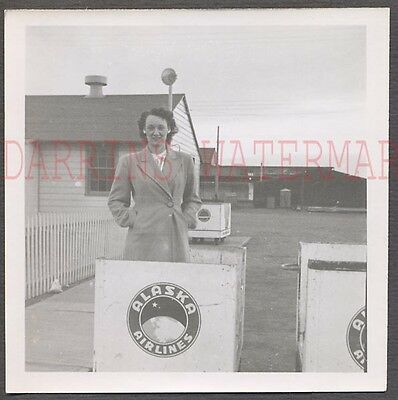 Vintage Photo Pretty Girl w/ Alaska Airlines Logo at Airport 652493