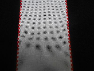 "Zweigart 4"" Red Scalloped Edge Aida Band Cross Stitch Fabric 1 metre White"