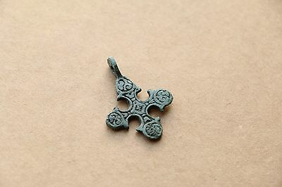 Awesome Viking Kievan RUS Pendant Cross with lily-like ends 9-11 AD
