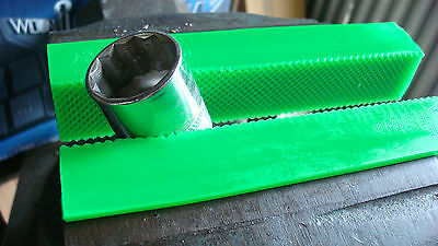 """6"""" Green Urethane,  Waffle Face, Bench Vise, Soft Jaws w/ Magnetic Retainers"""