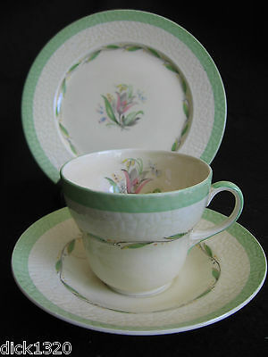 ART DECO NEW HALL POTTERY PATTERN #1092 CUP/SAUCER/TEAPLATE TRIO  c.30's