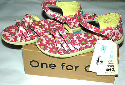 efa146cfc17 TOMS Youth Girls (or Women s) Sandals Pink Daisy Floral Canvas Youth Size 5