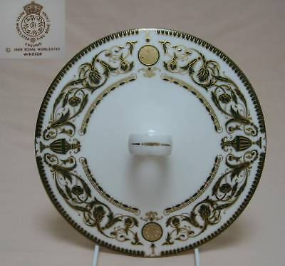 "Royal Worcester ""Windsor"" SOPERA TAPA"