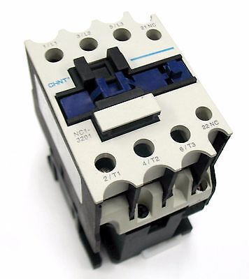 Electrical Contactor IEC Size 32 Magnetic Switch 3 Pole 24VAC Coil < 20 HP UL