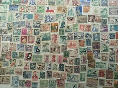 500 Different Chile Stamp Collection