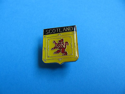 SCOTLAND Crest Pin Badge. VGC. Unused, Enamel.