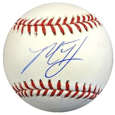 Madison Bumgarner Autographed Signed Official Mlb Baseball Giants Psa/dna