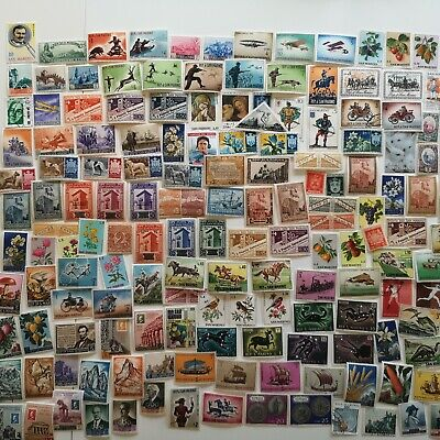 500 Different San Marino Stamp Collection