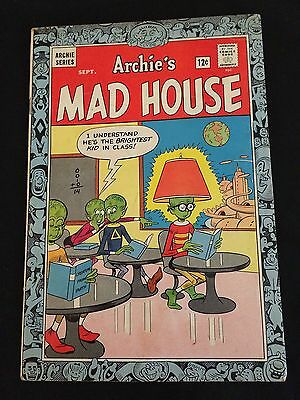 ARCHIE'S MADHOUSE #35 VG/VG+ Condition