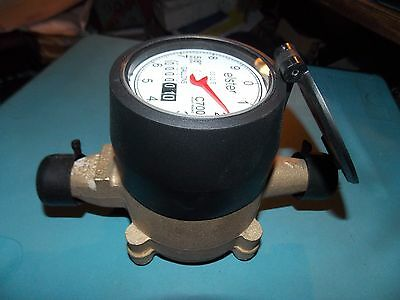 Elster Amco C700 5/8 x 3/4 Direct read Bronze Water Meter  NEW
